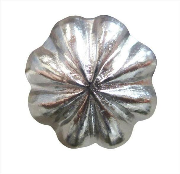 "Nail 705 - Flower Shaped Dome Nail Head - Head Size: 9/16"" Nail Length: 1/2"" - 250/box"