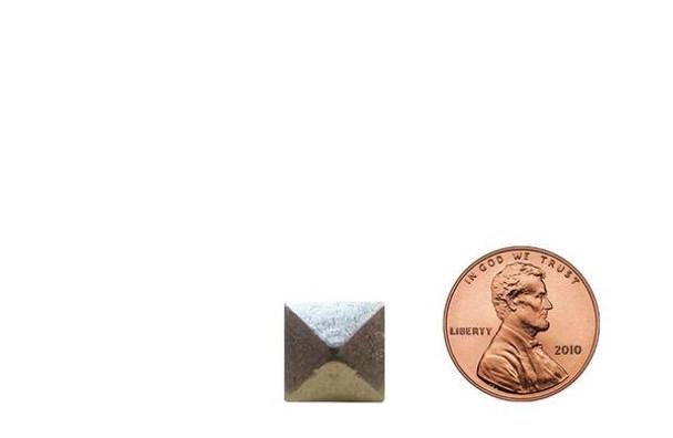 """BD64 - Pyramid Nail  Head Size: 7/16"""" Nail Length: 1/2"""" - 200 per box"""