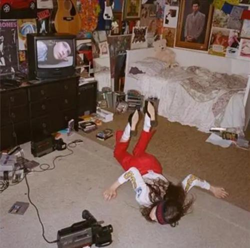 Tired Lion – Breakfast For Pathetics.   (Vinyl, LP, Album, Transparent Red Splatter