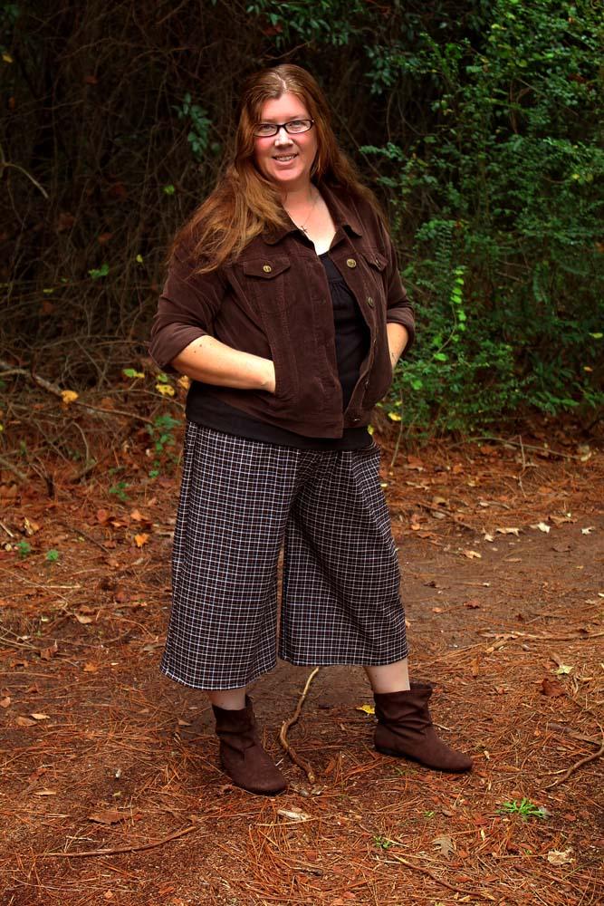 Jessica's Knit Ruffle Pants and Capris Sizes XS to 5X Adults PDF Pattern