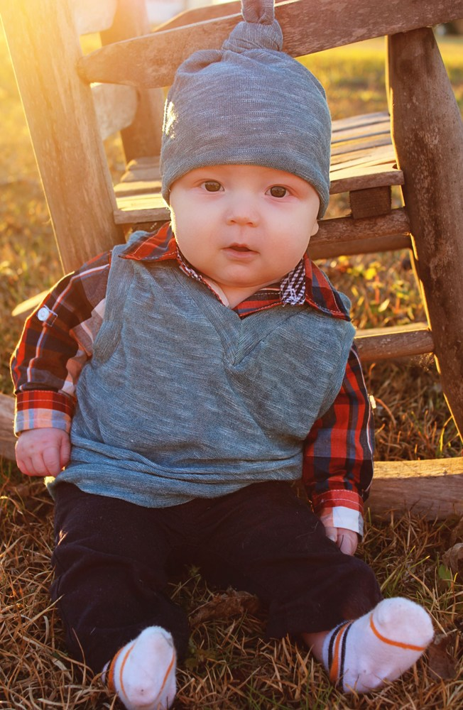 Vance's Sweater Vest Sizes NB to 14  Kids PDF Pattern