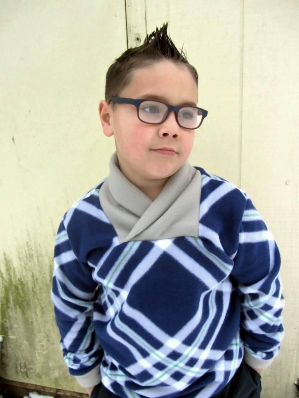 Fernando's Fleece Pullover Sizes 2T to 14 Kids PDF Pattern