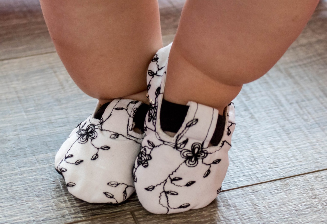 Gaga's Shoes Sizes NB to 18/24m Babies PDF Pattern
