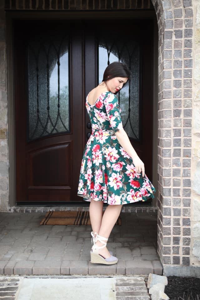 Duchess's Knit Circle Skirt Sizes XXS to 3X Adults PDF Pattern