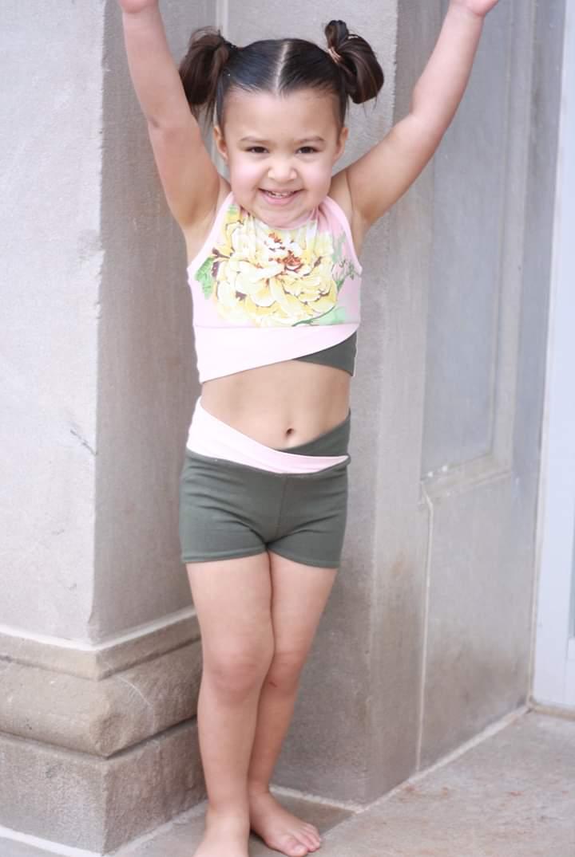 Wilma's Gym Wear Sizes 2T to 14 Kids PDF Pattern