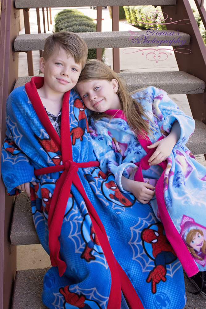 Stephen's Comfy Robe Sizes NB to 15/16 Kids PDF Pattern