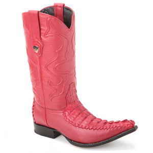 Steal the show wearing these genuine caiman tail boots in red from the house of Wild West. The pair has an exotic and premium finish with a 3x-toe profile.