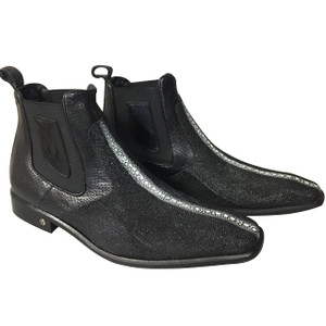 Vestigium Black Stingray Row Stone Ankle Boots