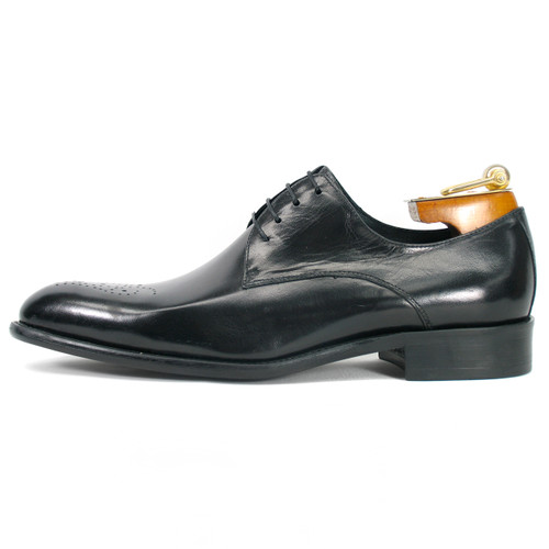 Carrucci Black Genuine Calfskin Leather Oxfords