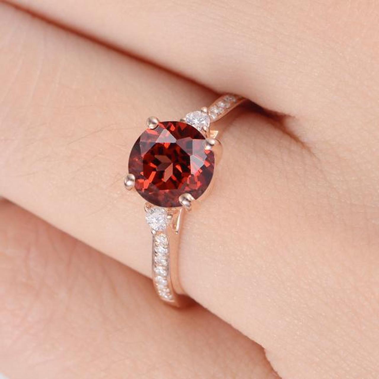 Minimalist Garnet Stone Unique Red Engagement Ring dtsrhQCx