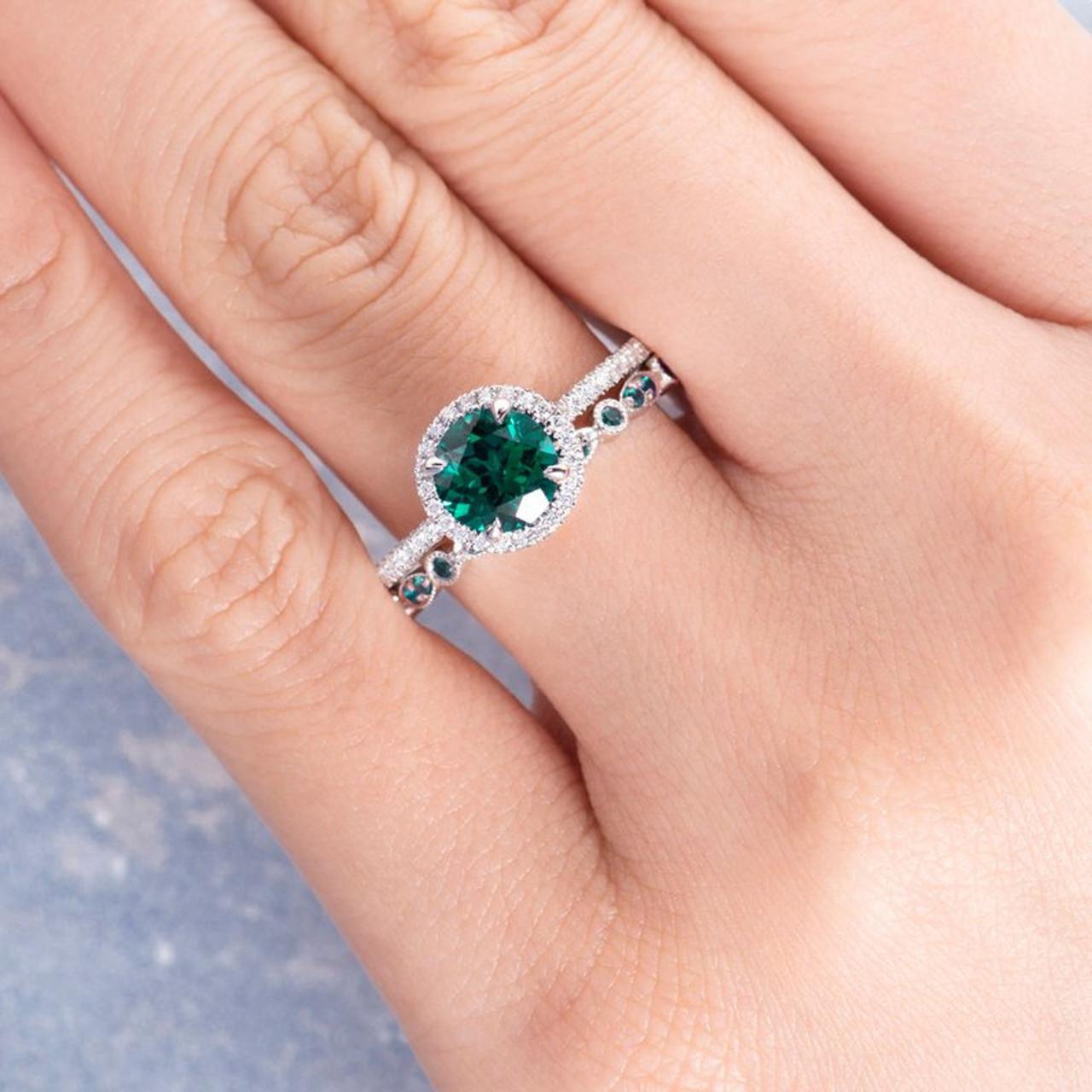 6 Best Women's Diamond Rings to Buy in 2020