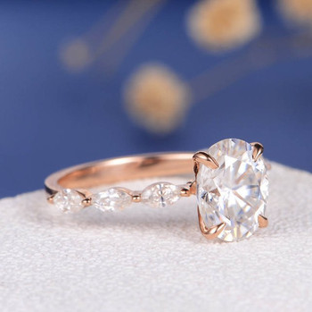 7*9mm Oval Cut Moissanite Marquise Engagement Ring