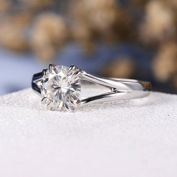 7mm Round Cut Moissanite Solitaire White Gold Engagement Ring