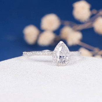 5*7mm Pear Cut Moissanite Diamond Halo Engagement Ring