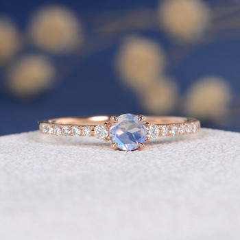 5mm Rainbow Moonstone Classic Retro Engagement Ring