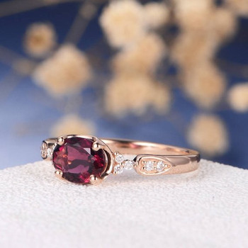 6*8mm Oval Cut  Red Stone Garnet Cluster Engagement Ring