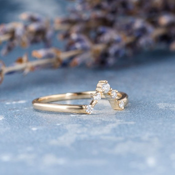V Shaped Unique Diamond Ring Cluster Weddding Band