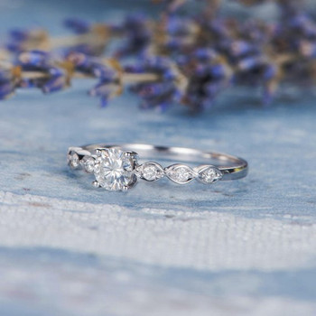 5mm Round Cut Moissanite Diamond Solitaire Wedding Ring