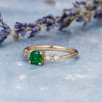 5mm Round Cut Natural Emerald Art Deco Dainty Mini Wedding Ring