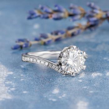 8mm Round Cut Engagement White Gold Moissanite Wedding Ring