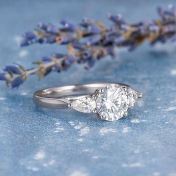 7.5mm Round  Cut Moissanite Engagement White Gold Wedding Ring