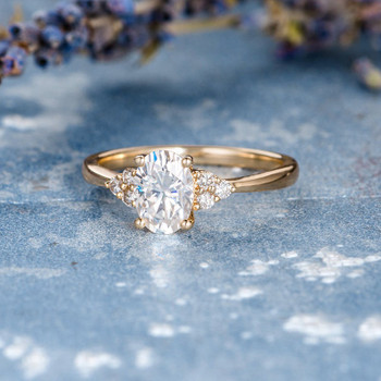 5*7mm Oval Cut Engagement Moissanite Yellow Gold Ring For Women