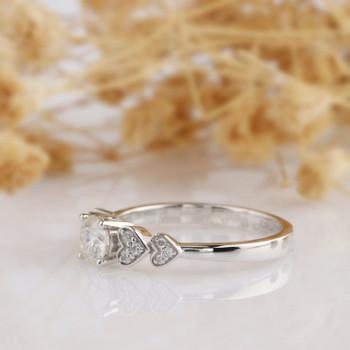 Round Moissanite Ring Heart Band Diamond Engagememt Wedding Ring