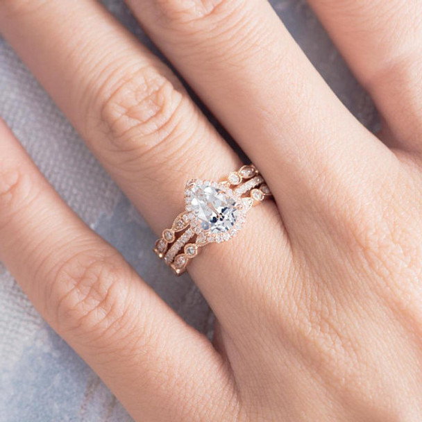 6*8 Pear Cut White Topaz Wedding Ring Set