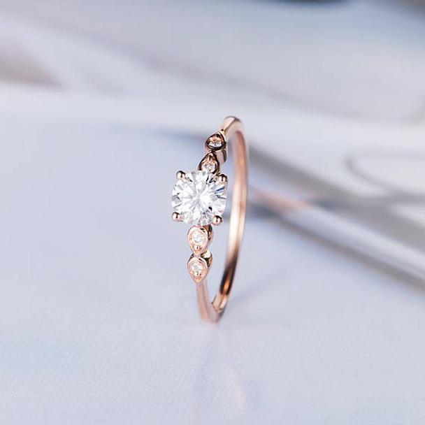 5mm Round Moissanite Anniversary Ring Diamond Wedding Ring