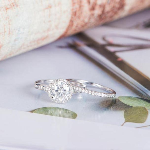 6.5mm Round Moissanite Engagement Ring Diamond Bridal Set