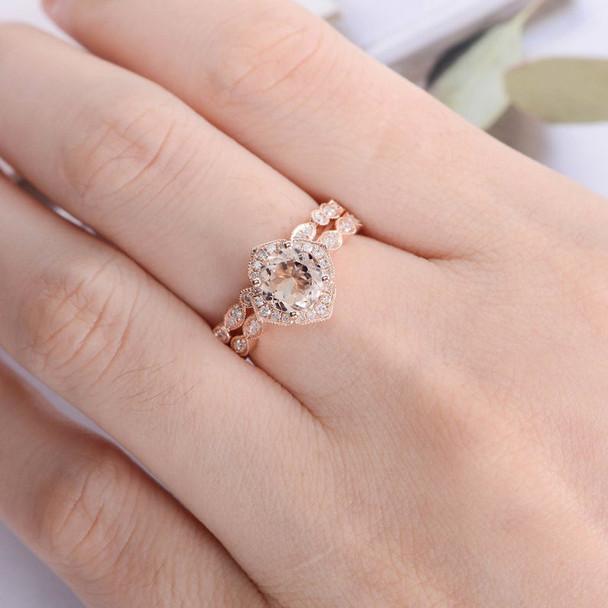 2pcs Rose Gold 7mm Cushion Ring Diamond Band Ring Set