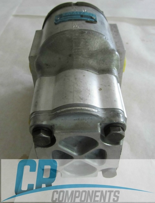 single-hydraulic-gear-pump-for-bobcat-873-skidsteer-1