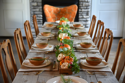 Creating a Holiday Table