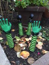 Décoration Jambe de sorcière à planter dans le sol Verte