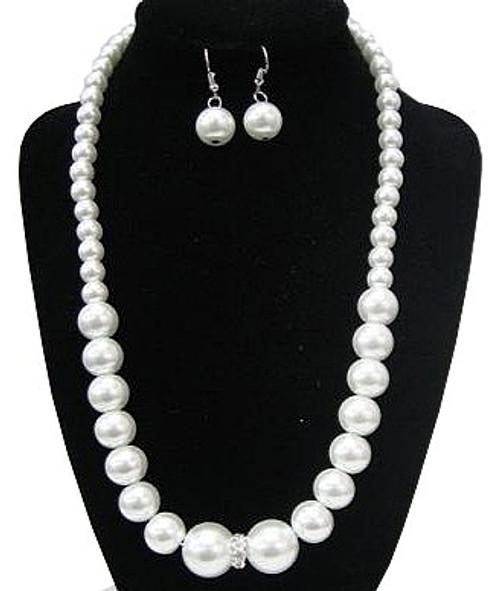 50'S collier de perles et boucles d'oreilles