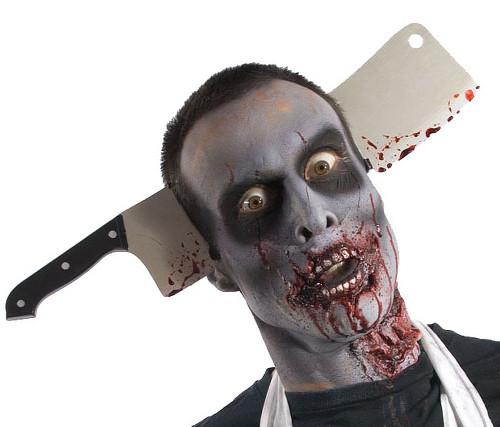 Zombie Cleaver à travers la tête