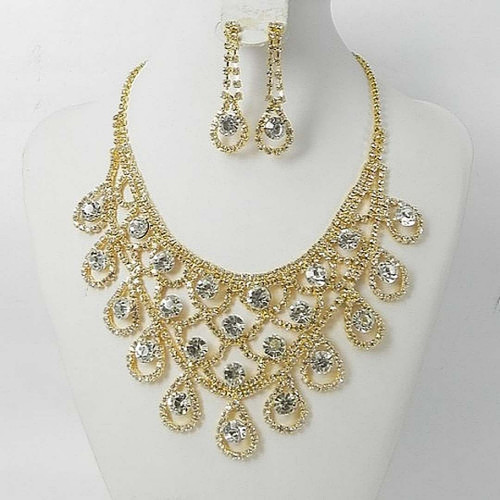 Crystal Clear Or Collier