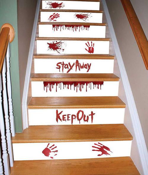 Décorations Rouge Sang Pour Escalier Attention à la Marche