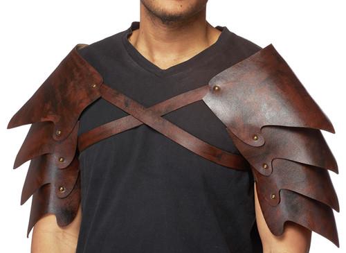 Armure d'epaule medievale en cuir