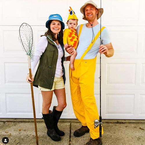 Famille de costumes de pêcheur pour la fête du Canada