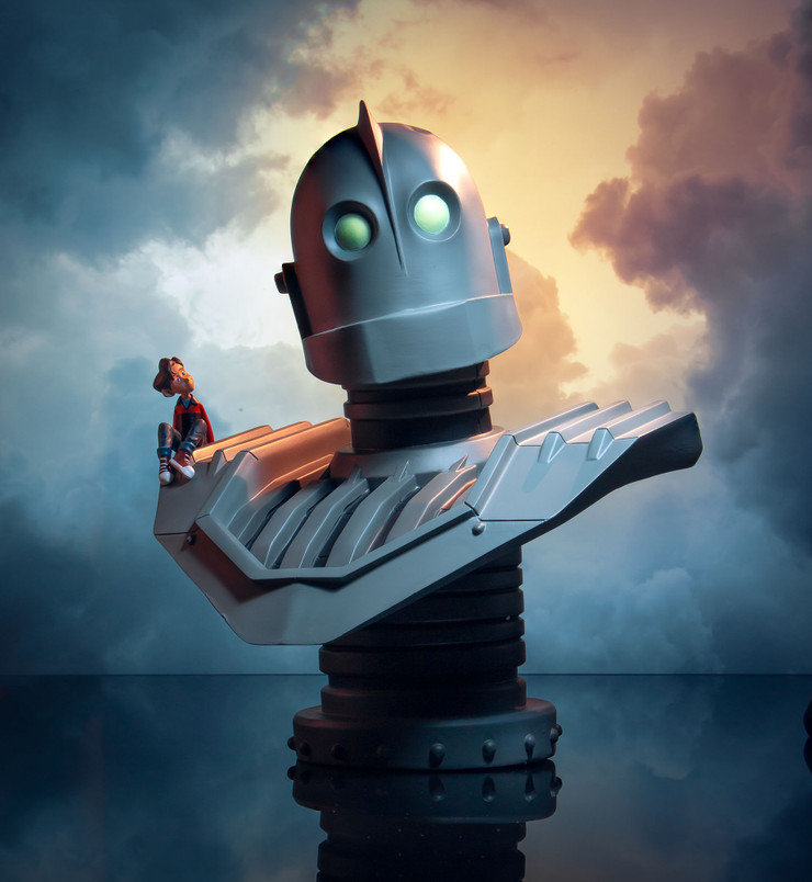 Iron Giant Legends in 3-Dimensions Bust