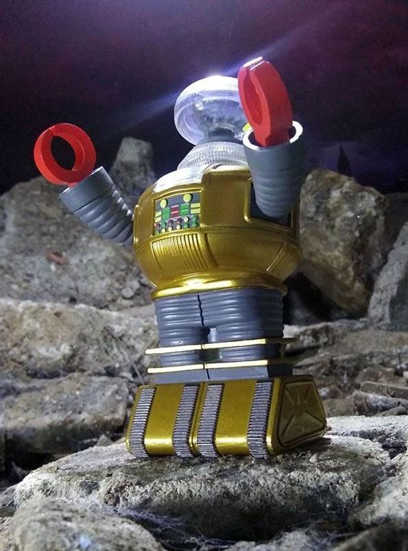 Lost in Space Vinimates SDCC 2020 Golden Boy B9 Vinyl Figure