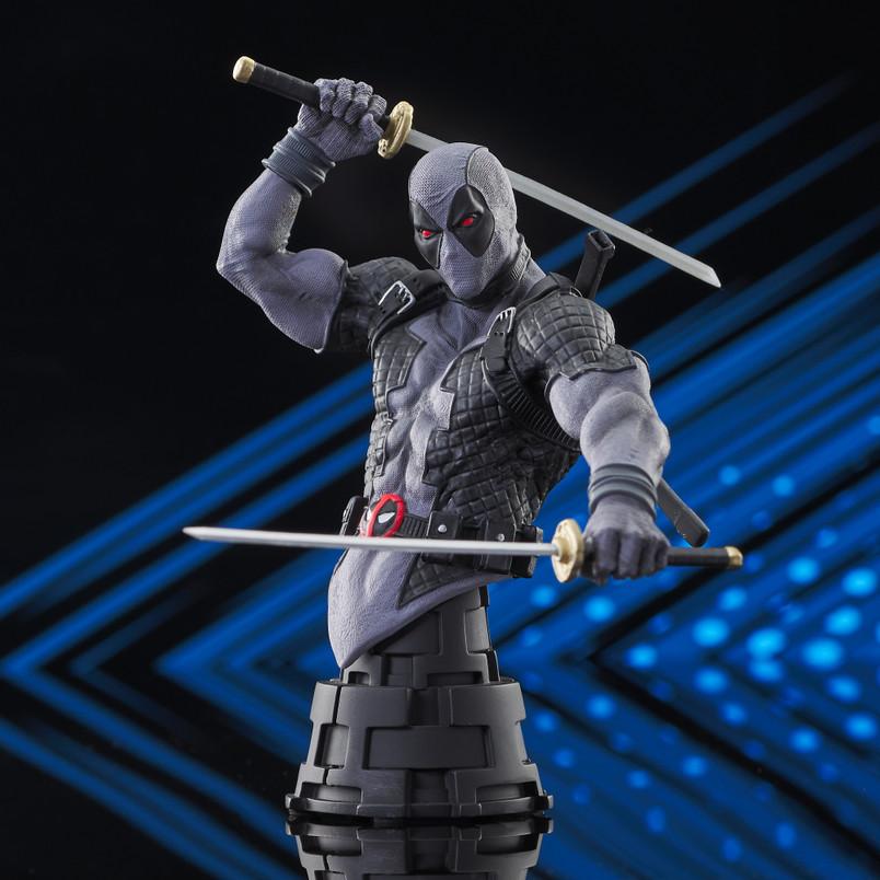 Deadpool (X-Force) Mini Bust