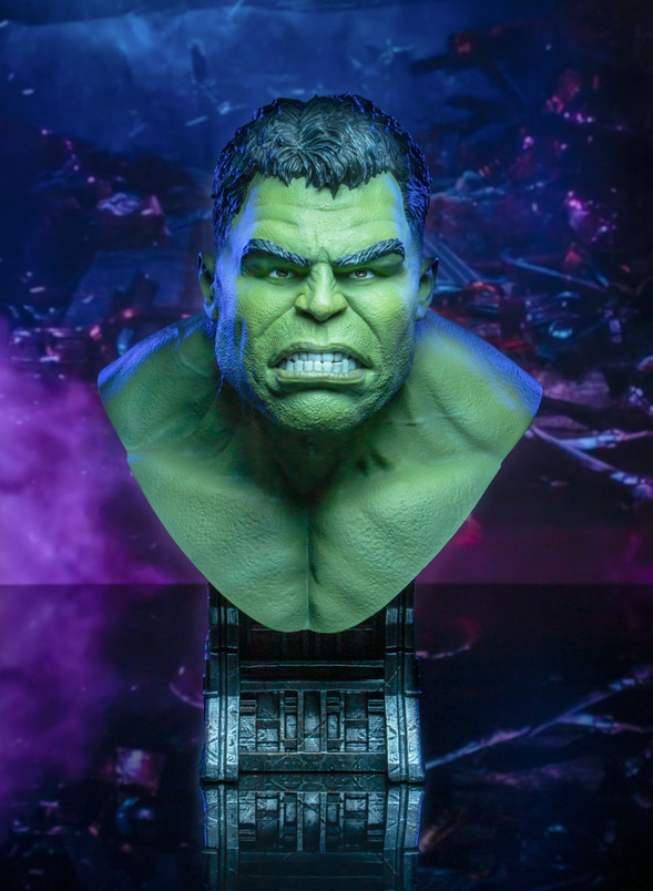 Marvel Avengers - Infinity War Hulk Legends in 3-Dimensions 1:2 Scale Bust