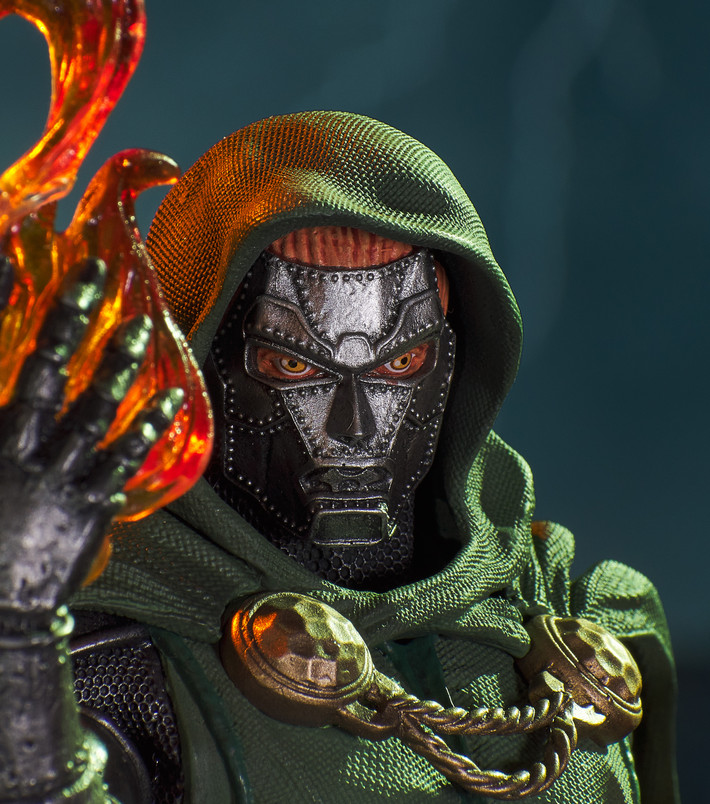 Marvel Comic Doctor Doom 1:7 Scale Resin Mini-Bust