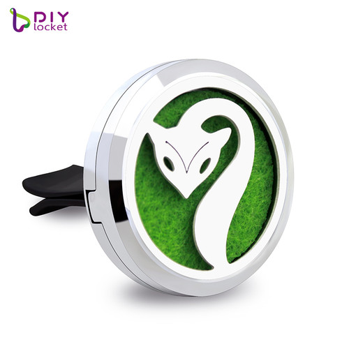 30mm Alloy Fox Car Oil Diffuser Locket Wholesale Fashion Car Aromatherapy Diffuser Locket Jewelry AP180
