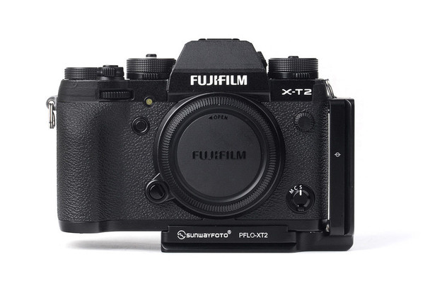 Sunwayfoto PFLO-XT2 Custom L Braket For Fujifilm X-T2 Digital Camera