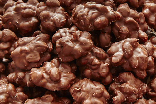 chocolatepeanutclusters.jpg