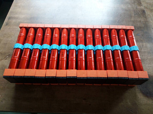 NewPriusBatteries.com assembled batteries. 14 cylindrical modules versus the 28 prismatics.