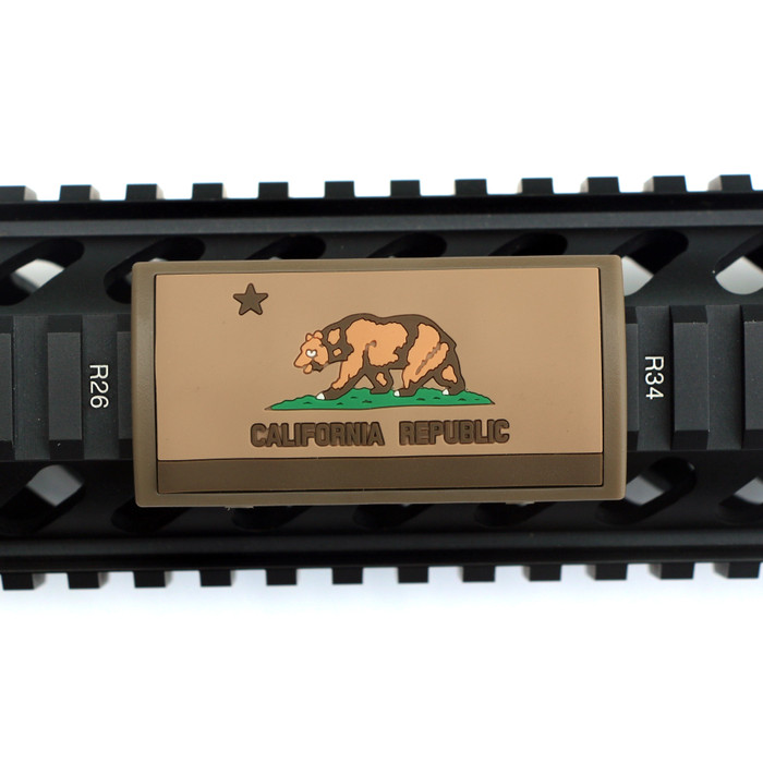 California Flag FDE PVC Picatinny Rail Cover- FDE Retainer